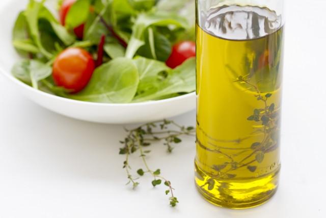 油 健康 関係